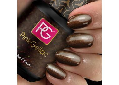 El 114 Royal Brown de Pink Gellac es un bonito color marrón con un sutil efecto perla.