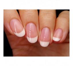 Así de bonita queda la manicura francesa con los esmaltes de Pink Gellac 101 Soft White y 121 French Rose.