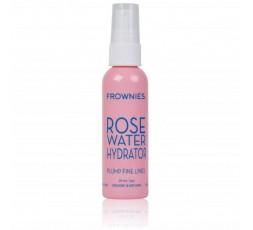 Agua de Rosas: una vez lavado el rostro con el gel, hay que cerrar los poros con un tónico.