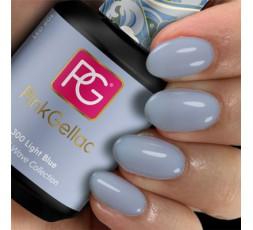 El 300 Light Blue va genial para combinar con otros colores y crear tus manicuras más originales.